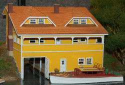HO-SCALE BOAT HOUSE