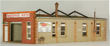 HO-SCALE MELVIN'S GARAGE