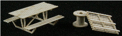 HO-SCALE: ADD-ON (PALLETS, CABLE REELS & TABLE) 9-PACK
