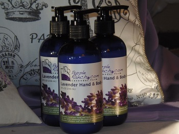 p1010802-8-oz-lavender-hand-body-lotion.jpg