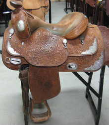 "15"" USED BROKEN HORN WESTERN SHOW SADDLE 3-1288"