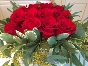 Red roses-Florist Highland Park IL-Florist Deerfield IL-Roses Northbrook IL-Roses Deerfield IL-Roses Highland Park iL