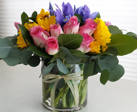 Woman of Valor...Midwest Simplicity - Order Flowers Online Deerfield IL - Jan Channon Flowers
