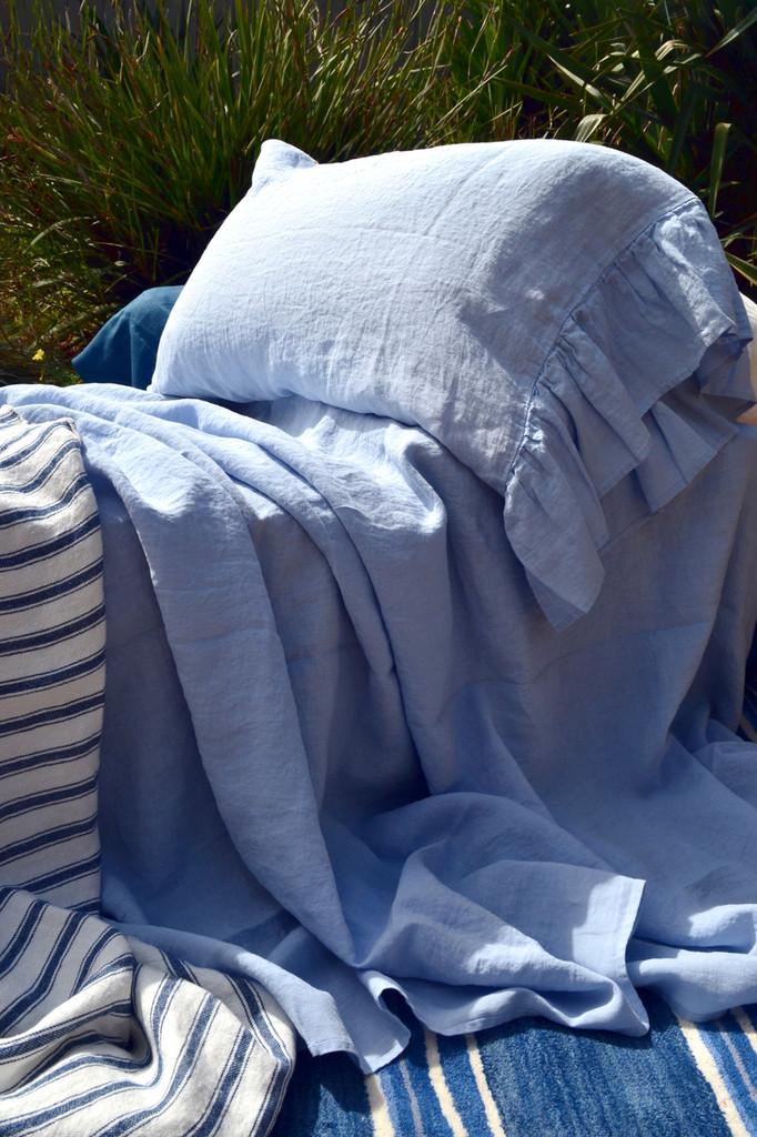 Luxurious stonewashed linen flat sheet, Sky blue