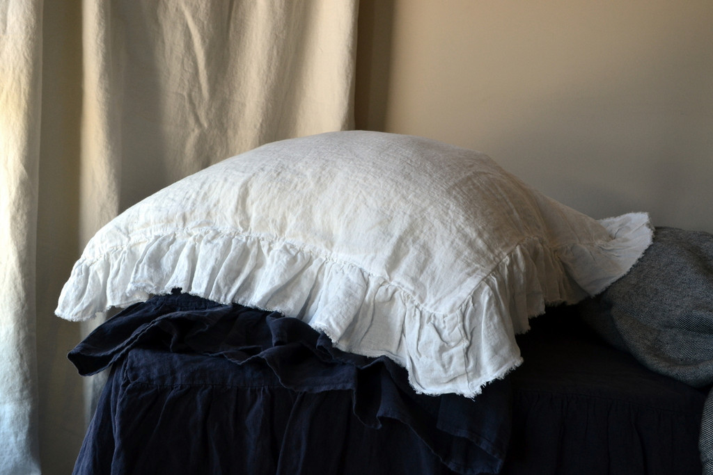 Frayed ruffle Antique white pillow case