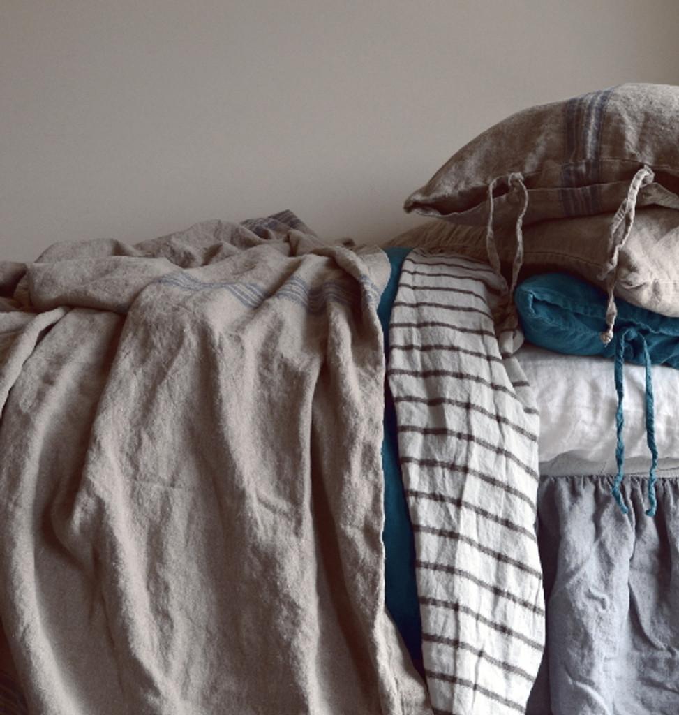 Vintage Grainsack Heavy Linen Coverlet⎮Bed cover, Blue stripe