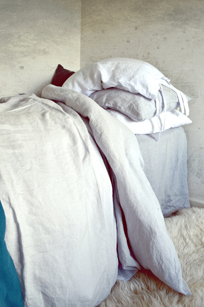 Silver light grey stonewashed linen duvet/quilt cover