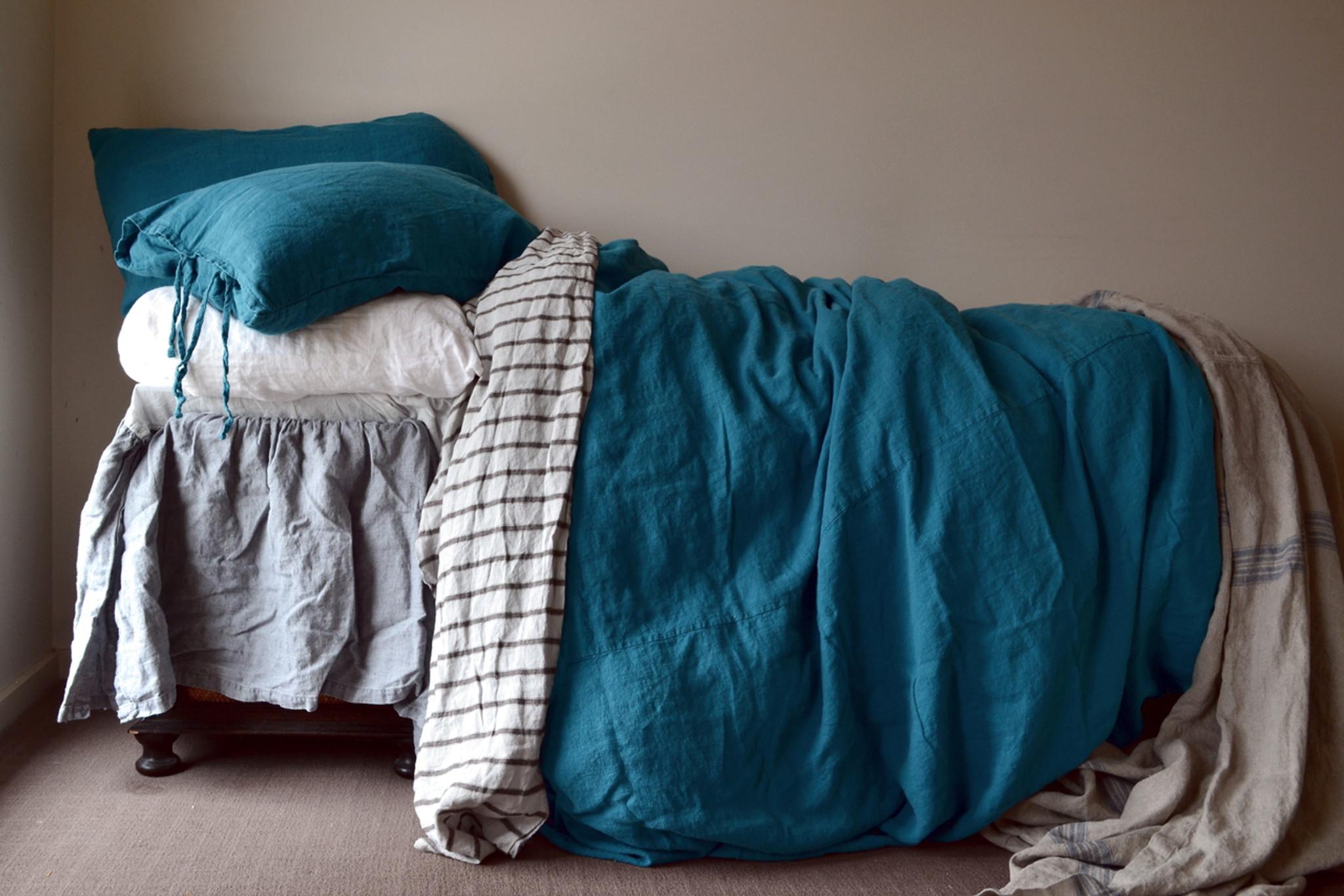 dark teal heavy weight natural linen duvet quilt cover. Black Bedroom Furniture Sets. Home Design Ideas
