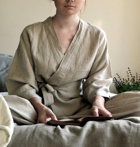 Short kimono robe/ Oatmeal colour