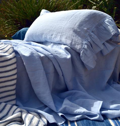 Luxurious stonewashed linen flat sheet, Sky blue, Queen size