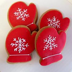 Holiday mitten gift box