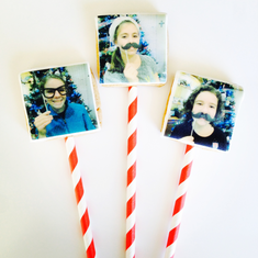 Selfie photos printed on sweet cookies