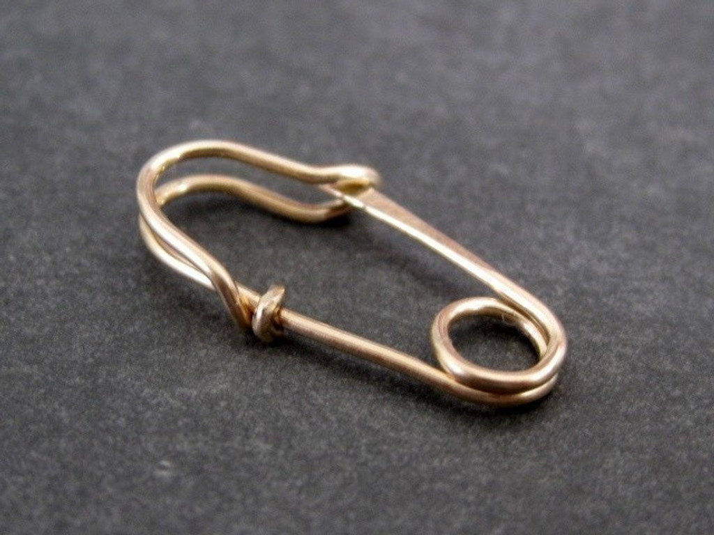 MINI SAFETY PIN brooch 14k gold filled