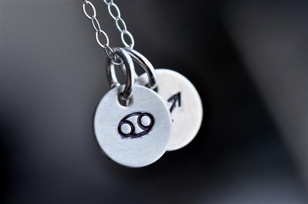 couples zodiac necklace stamped - muyinjewelry.com