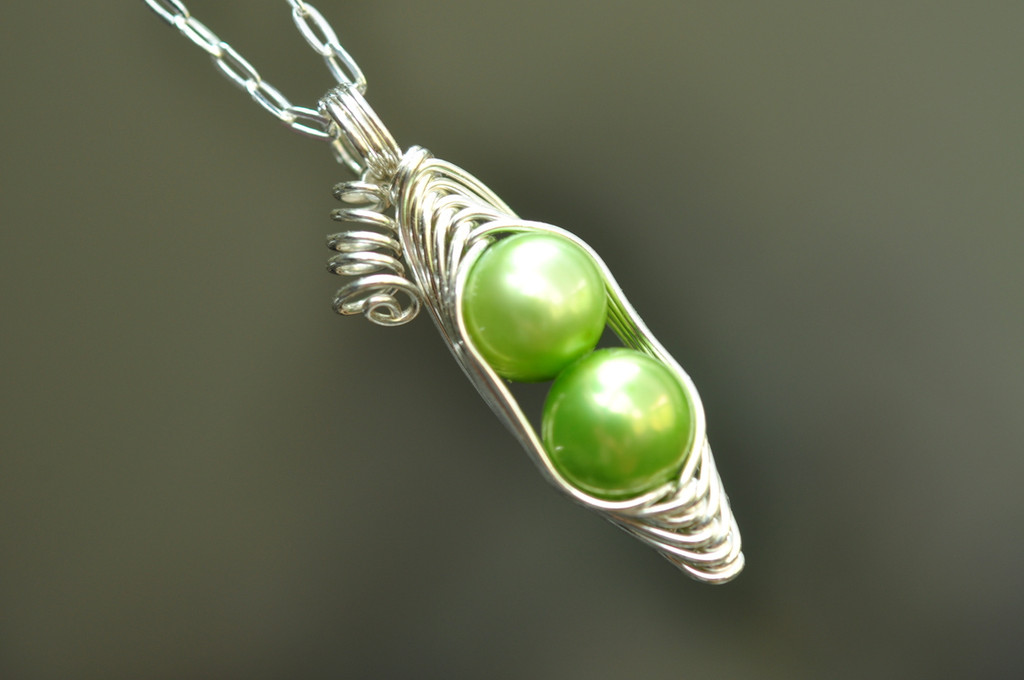 two peas in a pod necklace with green freshwater pearls | muyinjewelry.com