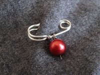 MINI SAFETY PIN brooch