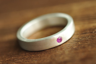 modern minimalist flush set ruby ring | Mu-Yin Jewelry