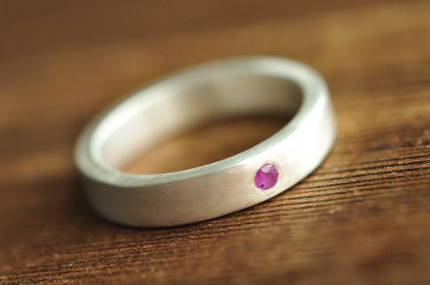 modern minimalist flush set ruby ring | Mu-Yin Jewelry