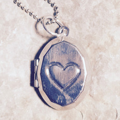 heart oval locket