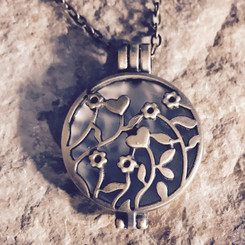 flowers locket