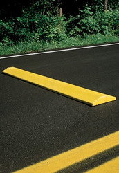 "Innoplast 4' Yellow Plastic Speed Bump Standard 48""x10""x2"", includes lag bolts (concrete app) or spikes (asphalt app)"