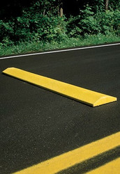 "Innoplast 9' Yellow Plastic Speed Bump Standard 108""x10""x2"", includes lag bolts (concrete app) or spikes (asphalt app)"