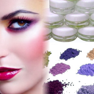 High-quality natural mineral eye shadows with no nasty additives or fillers, only rich color.