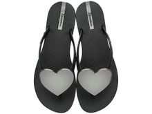 2017 Ipanema Wave Heart Flip Flop Black