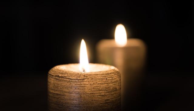 flame-fire-candles-77127.jpeg