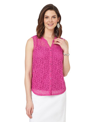 Sleeveless Scroll Lace Top