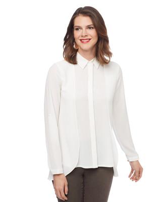 Woman's white long sleeve flowy top