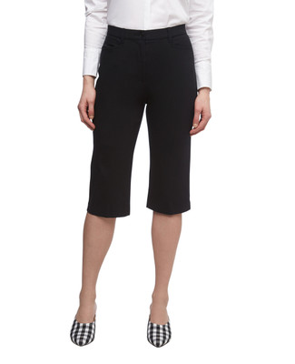 Women's essential bi stretch pull on capri pants