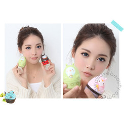 Geo Magic Color Angel Blue CM832 colored contacts / circle lenses.
