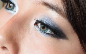 A natural but vibrant look with Aqua Blue YH302 circle lenses.