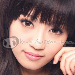 Model photo, HC-104 Twilight Honey Brown colored contact lenses.