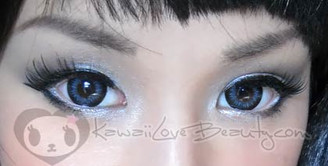 Eye closeup on WBS-205 Xtra Bella Grey.