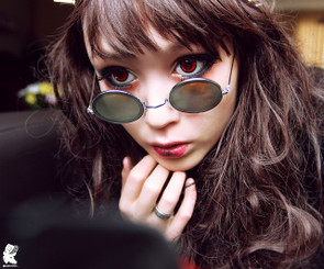 Dolly Red circle lenses.