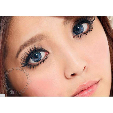 Beautiful 3-tone Blue colored contacts, Barbie Luna Blue for bigger, dolly eyes.