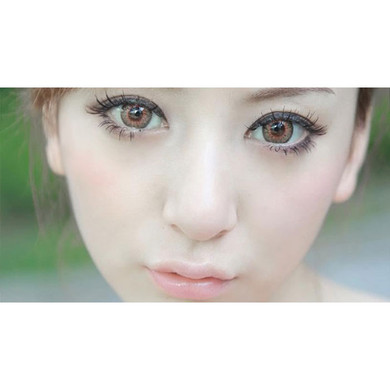 Barbie Puffy 3 Tone Brown soft contact lenses give your eyes a stunning doe-eyed look.