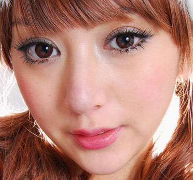 Dizon Eye brown circle lenses by Dolly Eye (EOS).