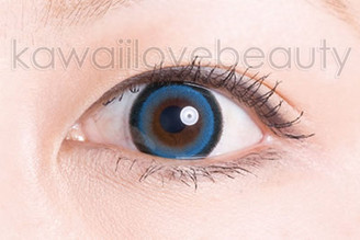 Close-up of blue Sugar Candy circle lens.