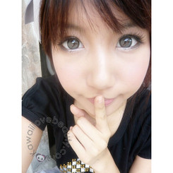 Dreamy I grey big-eye colored contact lenses by Dolly Eye (EOS)