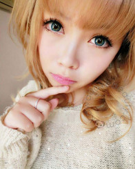 Lovely doll eyes with Geolica Holicat Funky Cat Blue circle lenses.