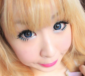 Big doll eyes with Barbie Bambi Blue circle lenses