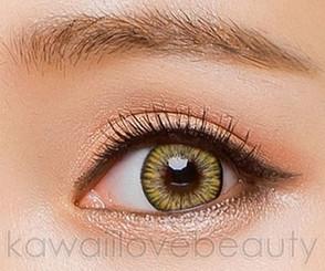 Closeup on Colors of the Wind Lemon Tea circle lens by i-Codi.