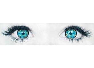 Comfortable, doll-eye Korean contact lenses in Rainbow Grey by Sweety  (Close-up on blue eyes)