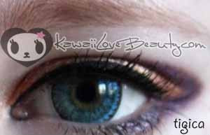 Closeup on light eyes, Geo CH-622 Nudy Blue