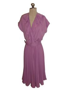 Vintage Themes Lavender Plunging Neck Ruffle Pleated Secretary Disco Short Dress w/ Belt