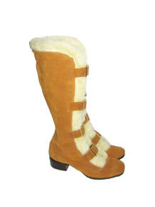 Vintage Rare Oldmaine Trotters Tan Suede Leather Cream Faux Fur Gold Buckles Mod Caged Gladiator Go Go Chunky Heels Winter Boots