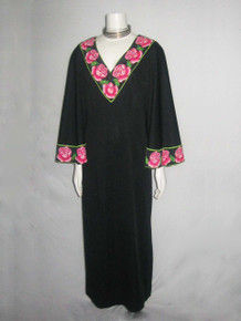 Vintage Black Multi-color Floral Leaf Border Print V-Neck Fan Sleeve Long Mod Hostess Dress w/ Side Slit
